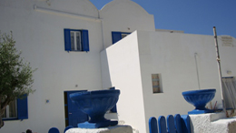 santorini-rooms-marousi2